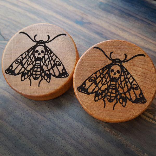 Death Moth Plugs aus eigener Herstellung