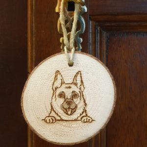 Dein Schäferhund Holzanhänger/ Glücksbringer mit Gravur!